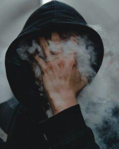 Røyking av narkotiske stoffer